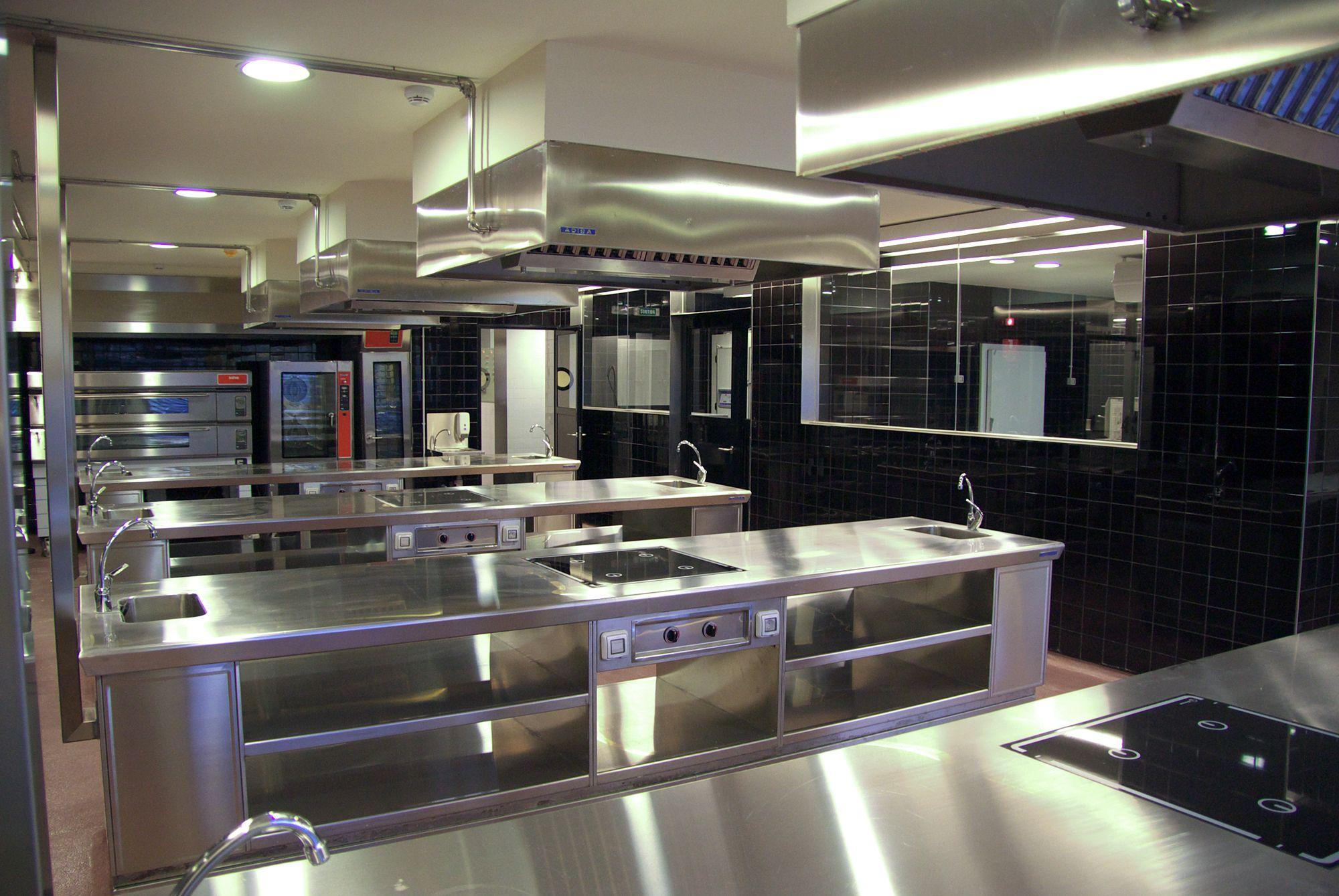 Hospitality schools for Escuela de cocina